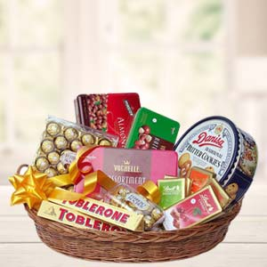 Chocolate Basket: Get well soon Mathura,  India