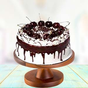 Vanilla Chocolate Cake: New born Ludhiana,  India