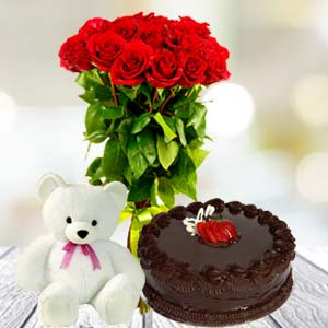 Roses Teddy And Cake: Valentine's Day Gifts For Boyfriend Gurgaon,  India