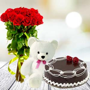 Roses Teddy Combo: Valentine's Day Solapur,  India