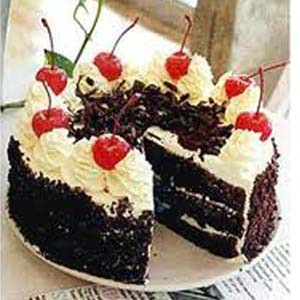 1 lb Black Forest Cake Cakes Heart Shaped Choco Cake, India