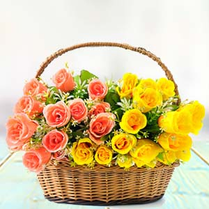 Rose Basket: Mothers day flowers and greeting cards  India
