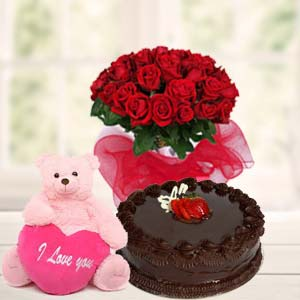 Teddy, Red Roses & Cake: Rose Day Gurgaon,  India