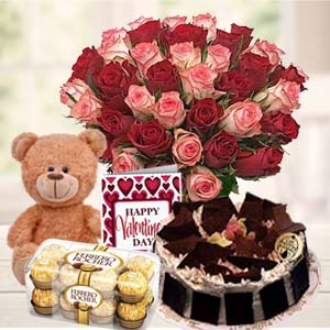 Beautiful Gifts Hamper: Anniversary flowers with greeting card Haridwar,  India