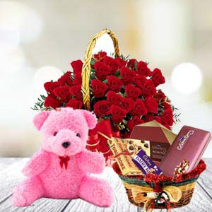Valentine Flower Basket Combo: Rose Day Hissar,  India