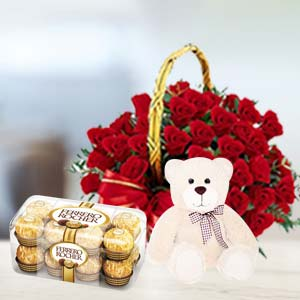 Red Roses Valentine Combo: Valentine's Day Gifts For Girlfriend Ambala Cantt,  India