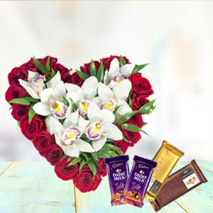 Heart Shaped Arrangement With Temptations: Valentine's Day Gifts For Boyfriend Ghaziabad,  India