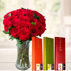 Roses In Vase With Temptations: Gifts For Wife Vijayawada,  India