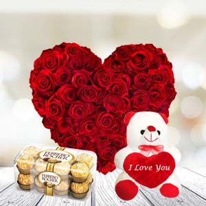 Exclusive Combo With Chocolates: Rose Day Trivandrum,  India