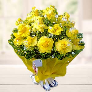 Bouquet Of Yellow Roses: Birthday flowers Gurdaspur,  India