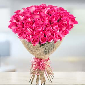 Bouquet Of 30 Pink Roses: Rose Day Kolkata,  India