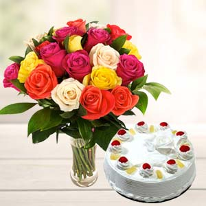 Mix Roses With Pineapple Cake: Unique anniversary gifts Sonipat,  India