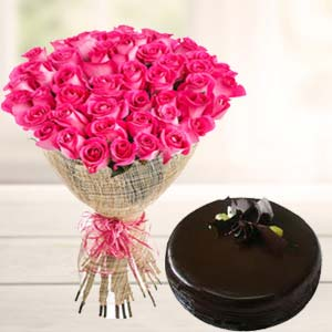Fresh Pink Roses With Chocolate Cake: Anniversary flowers & cake Sirsa,  India