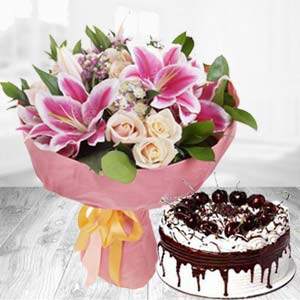 Fresh White Roses With Pink Lillies Combo: Unique birthday gifts Ambala,  India