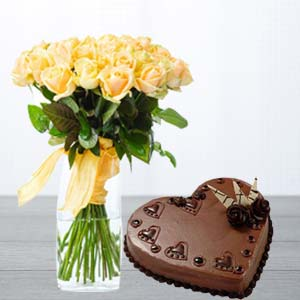 Yellow Roses With Heart Shaped Cake: 1st birthday gifts Bilaspur,  India