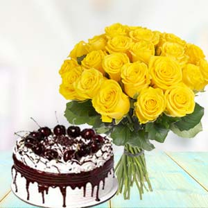 Yellow Roses With Vanila Cake: Karwa Chauth Gifts Mumbai,  India