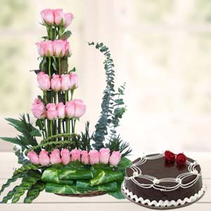 Pink Roses With Rich Chocolate Cake: Karwa Chauth Gifts Vizag,  India