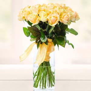 Yellow Roses In Glass Vase: Gifts For Husband Chennai,  India