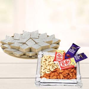 Dry Fruits Combo With Kaju Katli: Diwali Gifts Bareilly,  India