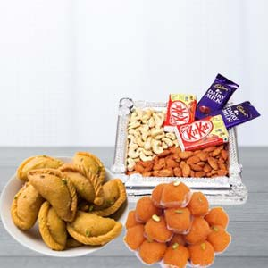 Mix Sweets Combo With Dry Fruits: 1st birthday gifts Lucknow,  India