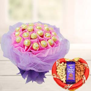 Combo Of Ferrero Rocher Chocolates: Mothers day Howrah,  India