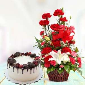 Red Carnations With Oreo Cake: Birthday flowers & cake Varanasi,  India