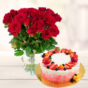 Roses Bunch With Fruit Cake: Gifts For Him Jabalpur,  India