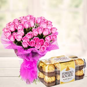 Pink Roses With Ferero Rocher: Gift Vapi,  India