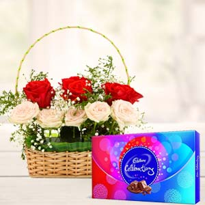 Roses Gift Combos: Birthday flowers Bareilly,  India