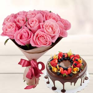 Pink Rose Bunch With Cake: 1st birthday gifts Calcutta,  India