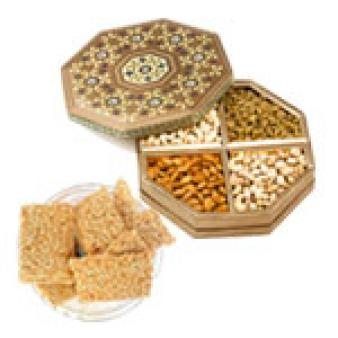 Dry Fruits Combo With Gajak: Lohri Gifts Vrindavan,  India