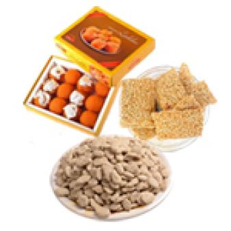 Lohri Sweets Gifts Combo: Lohri Gifts Gurgaon,  India