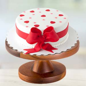 Special Cream Cake: Valentine Gifts For Husband Karnal,  India