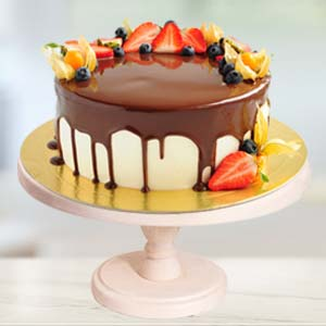 Strawberry Topping Chocolate Cake: Gift Goa,  India